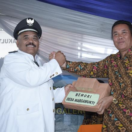 Album : sertijab kepala Desa Margamukti